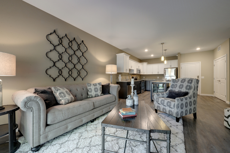 Amazing 1 Bedroom, 1 Bath. Every Unit Within M² Has The Features For Modern Living. 9  Foot Ceiling Heights,